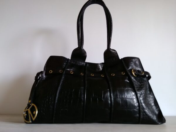 Дамска чанта Coccinelle естествена кожа