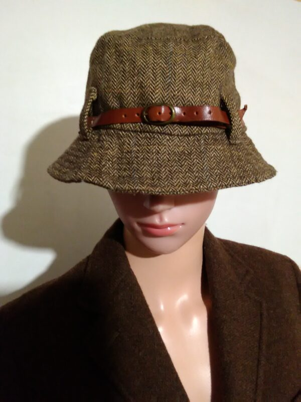 Дамска шапка Massimo Dutti