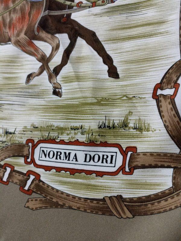 Дамски шал Norma Dori
